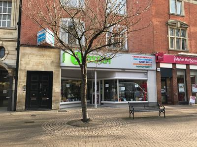 TO LET - Prime town centre retail premises