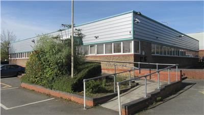 TO LET: Modern Serviced Offices