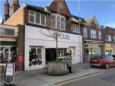 TO LET: Prime High Street Retail Premises