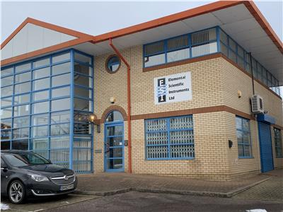 TO LET (MAY SELL): Flexible modern business unit