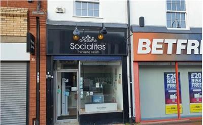 TO LET: Town Centre Lock-up Retail Premises